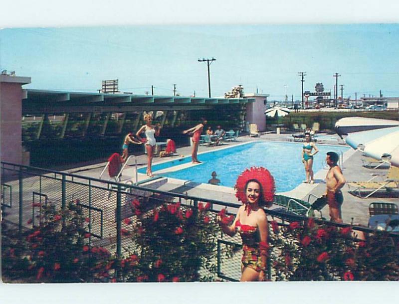 Pre-1980 RISQUE GIRLS CLOSE TO DISNEYLAND Anaheim - Los Angeles CA G6582