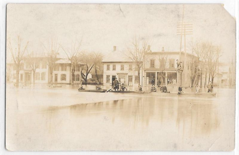 RPPC Real Photo Postcard Men in Boats Flood Flooding Town Fort Washington?