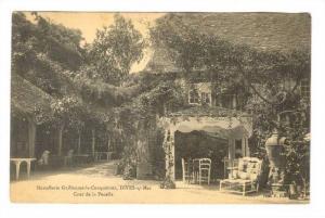 Cour De La Pucelle, Hostellerie Guillaume-le-Conquerant, Dives-sur-Mer (Calva...