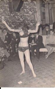 Amateur Photo, UK 1950s, Sexy Exotic Dancer, Stripper, Risque, Beautiful Woman 2