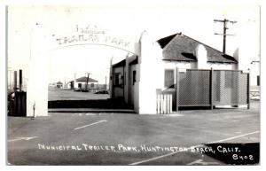RPPC Municipal Trailer Park, Huntington Beach, CA Real Photo Postcard *5D