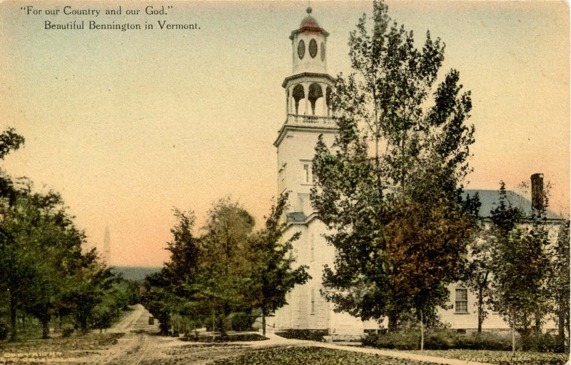 VT - Bennington. Old First Church and Monument Avenue