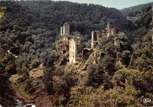 BR54218 Les Ruines de Merle correze france