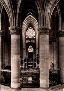 Reims France Cathedrale Cathedral of Notre-Dame Postcard unused 1960s