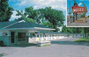 2-Views, Motel Rivard Enr., HAMEL, Quebec, Canada, 40-60s