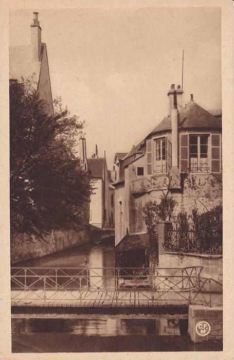 Vue Sur l'Eau, Montargis (Loiret), France, 1900-1910s