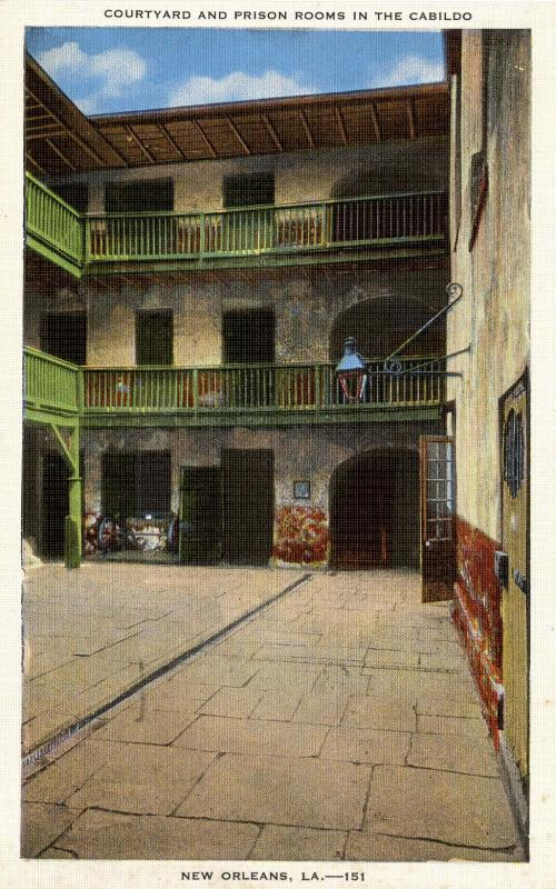 LA - New Orleans. The Cabildo, Courtyard and Prison Rooms