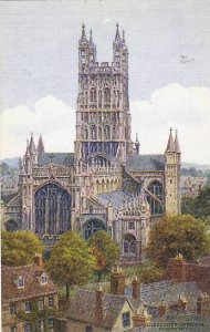 England Gloucester Cathedral From The West