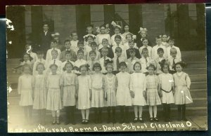 Cleveland Ohio oh Doan School 4th grade group real photo postcard RPPC