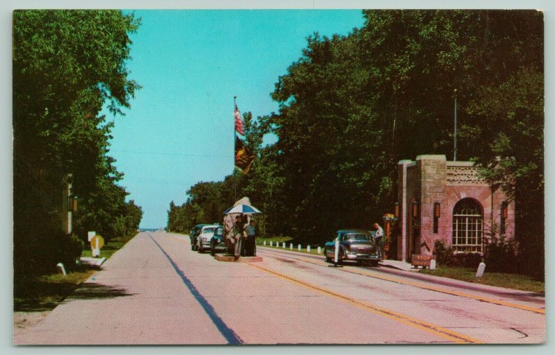 Chesterton Indiana~Dunes State Park~Cars Lined Up at Gatehouse~Ranger~1950s PC