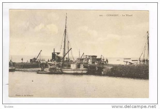 Conakry, Guinea, 00-10s Fishing boats at pier