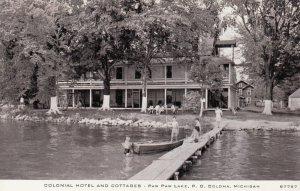 COLOMA , Michigan, 1930-40s ; Colonial Hotel - Paw Paw Lake #2