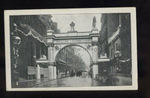 TQ3458 - Warwickshire - The Gas Dept. Arch ready for Royal Visit 1909 - postcard