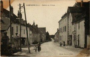 CPA Dampierre- Centre du Village FRANCE- (1044363)