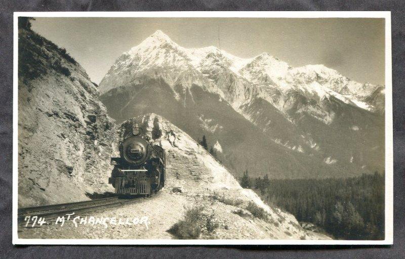 3354 - Canada Postcard MOUNT CHANCELLOR BC. Train. Real Photo Postcard B Harmon
