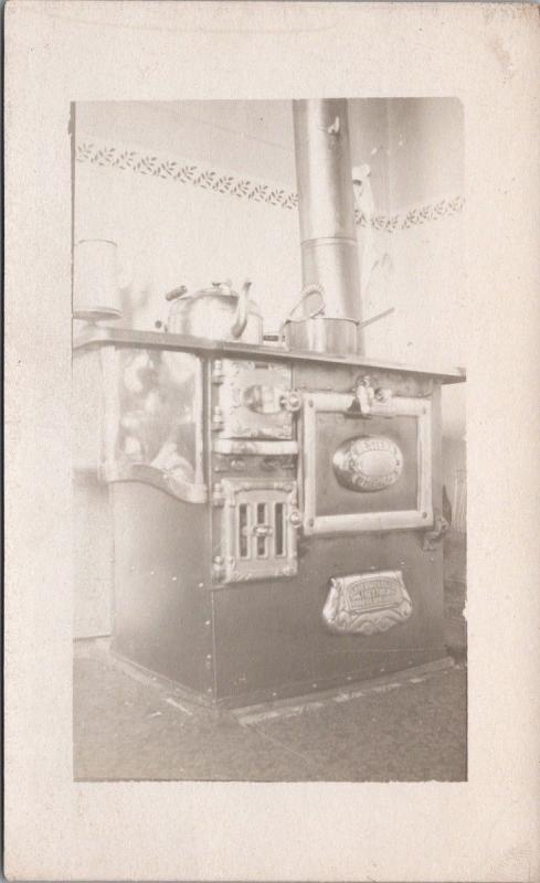 Old Stove Clare Bros & Co. Unused Real Photo Postcard E35