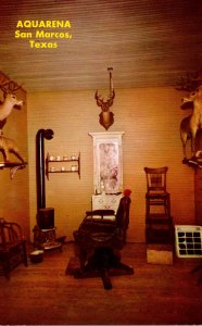 Texas San Marcos Aquarena Kit Griffin's Barber Shop At The Texana Viilla...