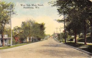 Reedsburg Wisconsin~West Side Main Street~Homes~Men by Curb~1912 Postcard