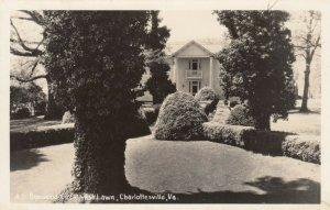 RP: CHARLOTTESVILLE , Virginia ,1930-40s ; Boxwood Circle , Ash Lawn