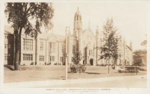 RP: TORONTO , Ontario , 10-30s ; Trinity College