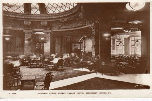 RP: Rotunda Court , Regent Palace Hotel , Piccadilly Circus , England , 1939