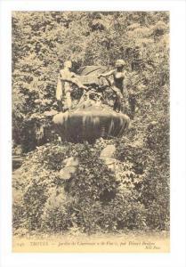 Jardin De Chevreuse  Le Vin , Par Desire Briden, Troyes (Aube), France, 1900-...
