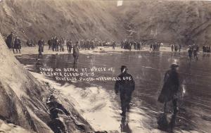RP: Crowd on beach at Stmr SANTA CLARA Wreck , COOS BAY , Oregon , 1915