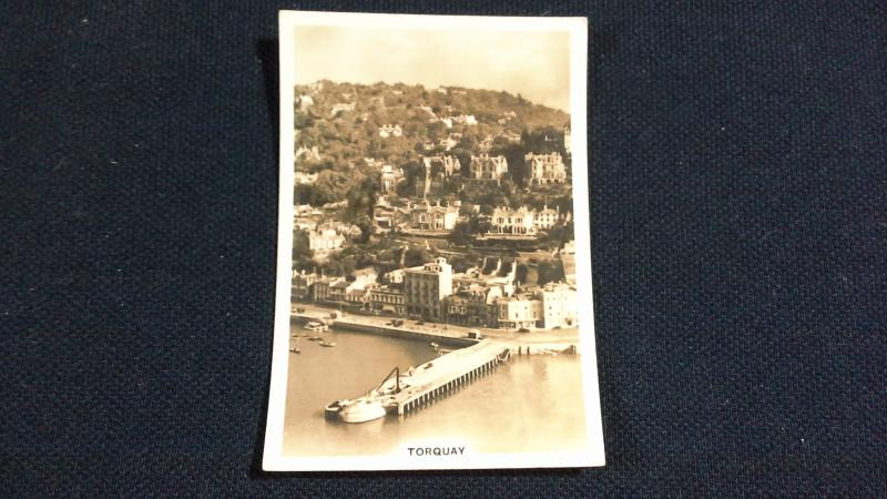 Senior Service Cigarette Card No 17 Britain From The Air Torquay