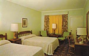 PERRY , Georgia, 50-60s ; Quality Motel Perry, Early American Room