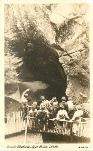 Lost River New Hampshire~Tour Guide Discusses Giant Pothole~11 Tourists RPPC '36
