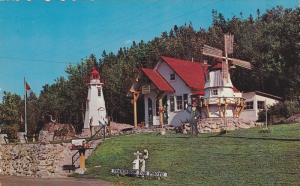Le Bureau d´Information Touristique , TROIS-PISTOLES , Quebec  ,  Canada , 5...