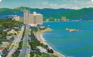 Mexico Acapulco Hotel Condesa del Mar Beach Scene