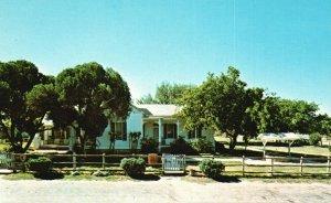 Johnson City, TX, Lyndon Johnson Boyhood Home, Chrome Vintage Postcard g9071