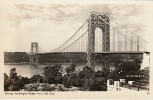 RP: NEW YORK CITY, N.Y., 1930s ; George Washington Bridge