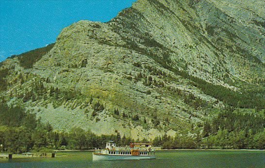 Canada Alberta Sightseeing Boat Waterton Lakes National Park