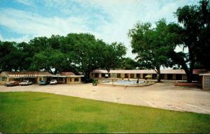 Florida Dade City Peeks Motel and Restaurant