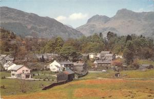 B101154 elterwater and langdale pikes  uk  14x9cm