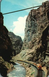 near Canyon City, CO, Bottom of Royal Gorge, Train, Vintage Postcard g8386
