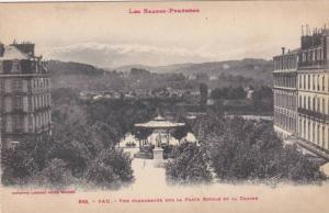 Vue Plongeante Sur La Place Royale Et La Chaine, Pau (Pyrenees-Atlantiques), ...