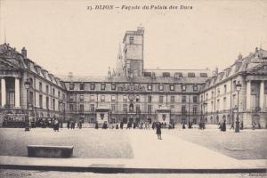 DIJON, Facade du Palais des Ducs, Cote d'Or, France, 00-10s