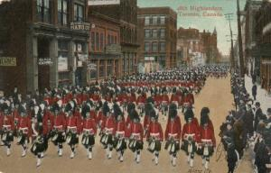 TORONTO (Ontario),  1900-10s ; 48th Highlanders in Parade