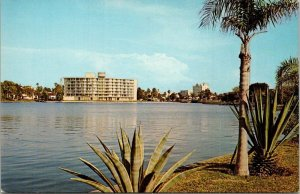Postcard Asbury Towers Methodist Retirement Home Bradenton Florida Unposted 1682