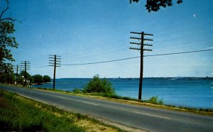 Canada - ON, Brockville to Cornwall. St. Lawrence River