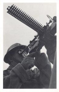 Nostalgia Postcard Naval Gunner, Patrolling River Thames WW2 #N316