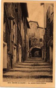 CPA  Digne-les-Bains - La montée Saint-Charles    (243983)