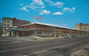 BROOKLINE, Massachusetts, 1940-1960's; 1200 Beacon Street Hotel, Classic Cars