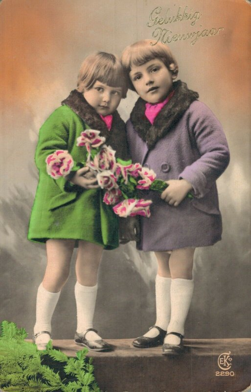 Vintage Kids with Flowers and more Postcard Lot of 8 01.18