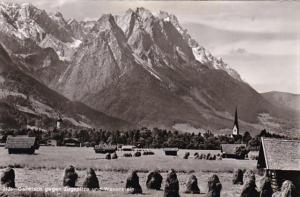 Germany Garmisch gegen Zugspitze und Waxenstein Photo