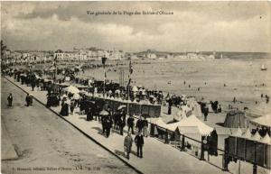 CPA Vue générale de la Plage des SABLES-d'OLONNE (297536)