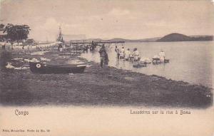 Belgian Congo Lauadeires sur la rive a Boma